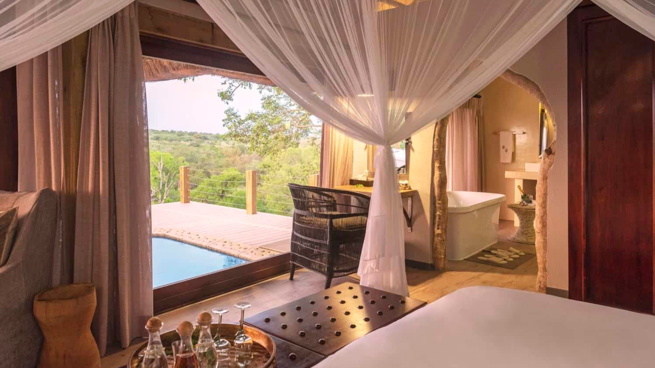 Safari Lodges in South Africa: Leopard Hills in Sabi Sand Game Reserve